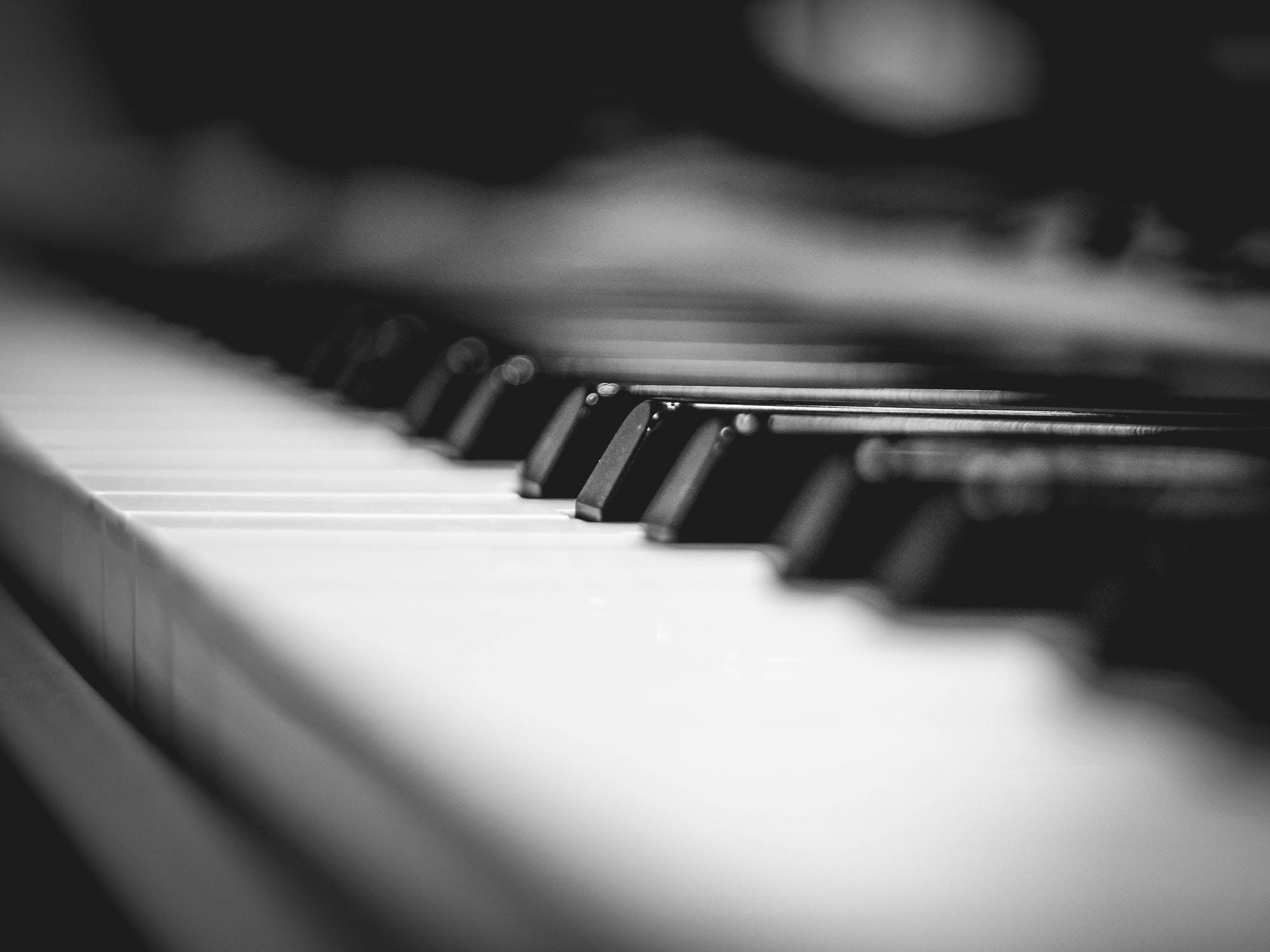 Perła – fortepian kawai
